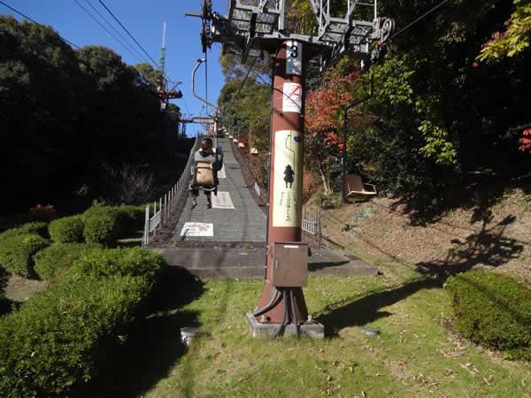 松山城ロープウェイのリフト